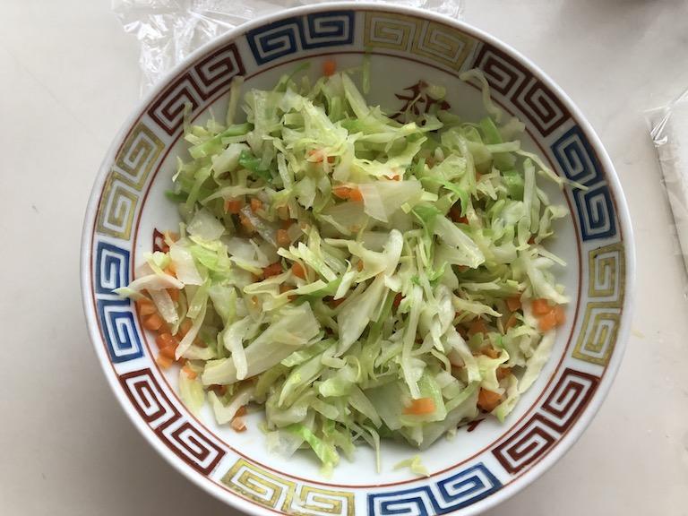 めばると3種野菜のトマトカレー煮の材料