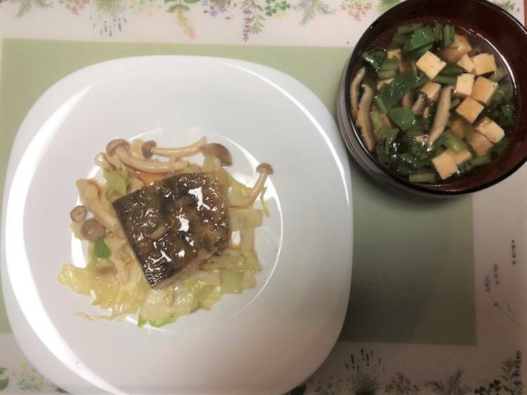 めばるのこんがりバター照り焼きとしいたけと豆腐の澄まし汁