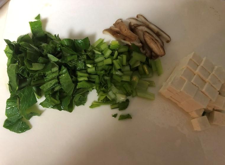 しいたけと豆腐のすまし汁材料